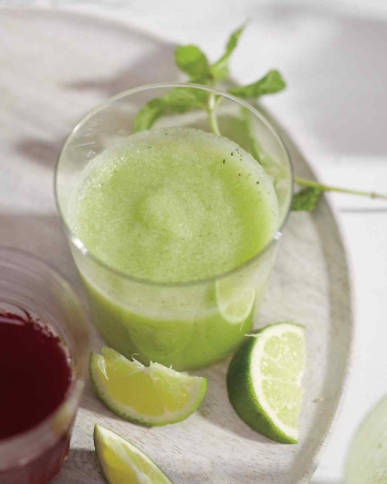 melon, mint and cucumber smoothie