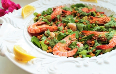 chickpea and prawn salad