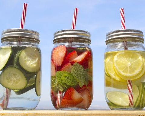 Detoxing 101: Types, Benefits and Side Effects