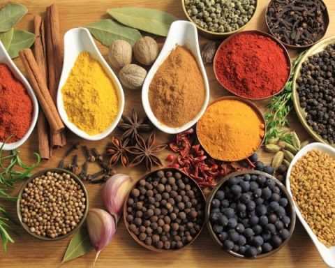spices to reduce salt intake