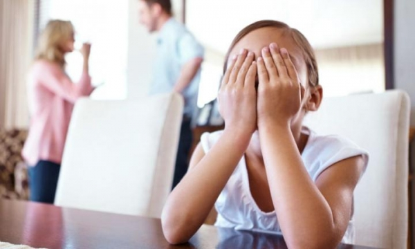 Different Parenting Styles: 4 Ways to Stop Arguing in Front of Your Kids