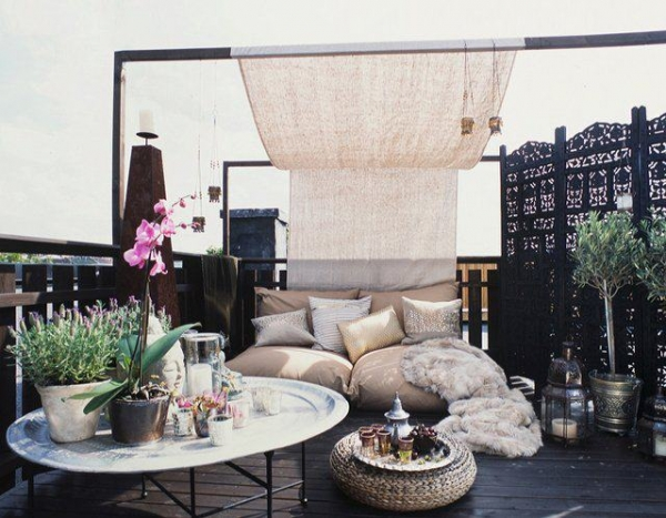 5 Ways to Transform Your Outdoor Space into a Summer Haven