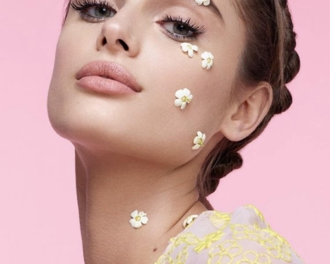 Spring Makeup: Products for An Easy, Soft, and Stunning Look