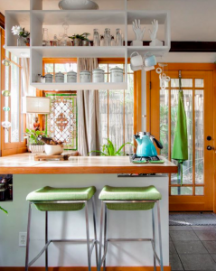 7 Ways To Use Colors To Bring In Good Vibes To Your Home