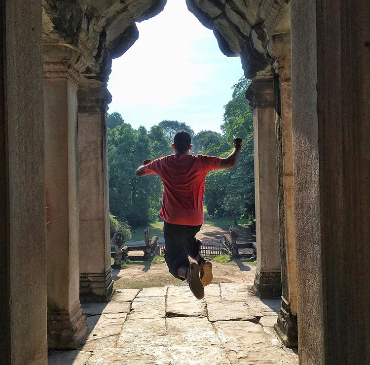 This 24 Year-Old Egyptian Traveler Tells Us How He Visited 76 Countries on A Budget