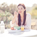 How to Master Mindful Eating by Listening to Your Body