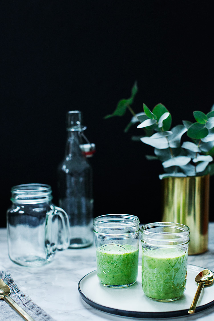 kale green smoothie 1