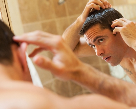 Men's Monday: How Your Daily Habits Affect Hair Loss