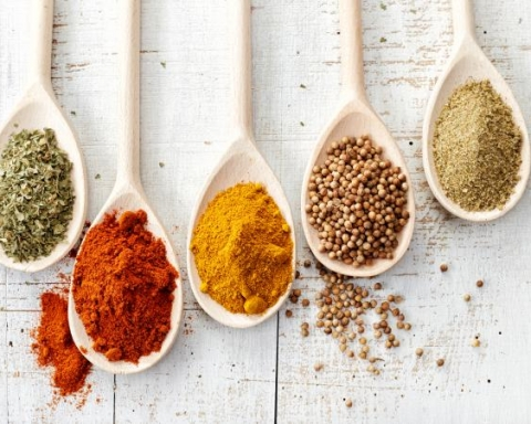 22 Spices You Can Use Instead Of Salt