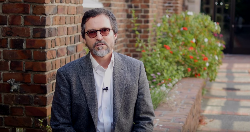 "Shaykh Hamza Yusuf : ""The Prophet PBUH Was Semi-Vegetarian"""