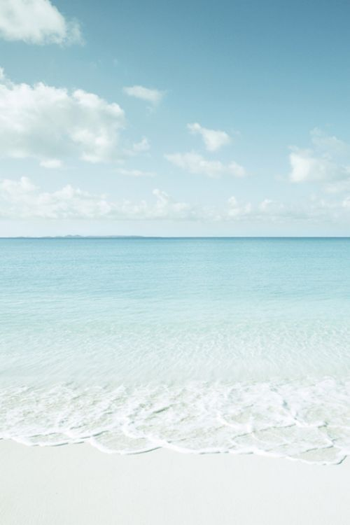 5 Reasons Your Body Needs You to Be At The Beach Right Now