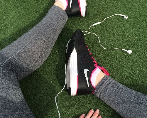 5 Songs You Need To Include In Your Running Playlist
