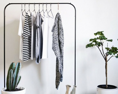 Minimalism 101: How To Declutter Your Home Without All The Hassle!